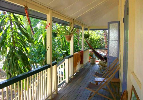 HERVEY BAY / Mango Tourist Hostel